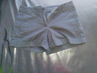 Pantalón corto talla S-M Mango