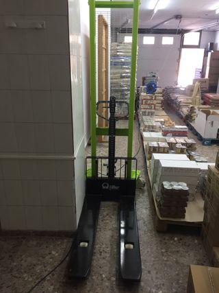 Vendo apilador transpalet manual