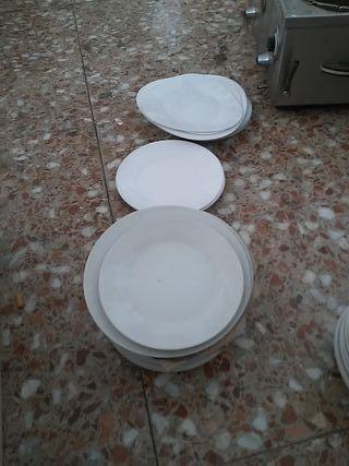 lote de mas 20 platos lisos x 15e