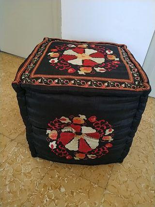 puf marroquí nuevo no usado50€