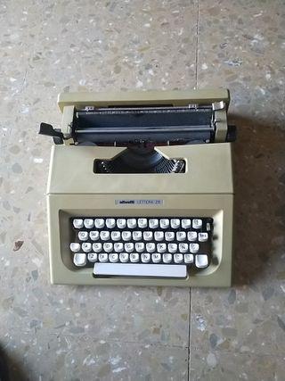 Ganga. Máquina de escribir.