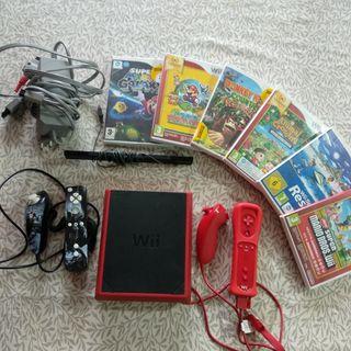 Wii mini con 6 juegos y cables