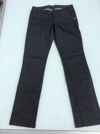 Varios pantalones marca G-Star