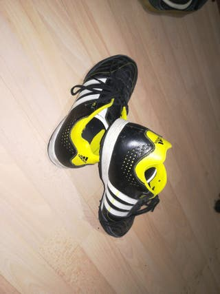Adidas 11nova Pro