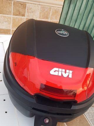 Baúl GIVI