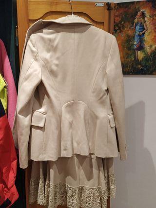 traje de falda y chaquetas de MNG