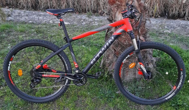 Bicicleta Btwin rockrider 560