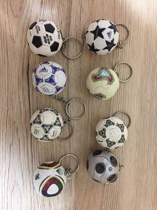 Colección de balones de futbol