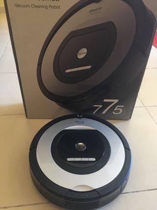 Roomba 775