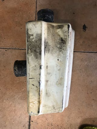 Caja de agua moto de agua