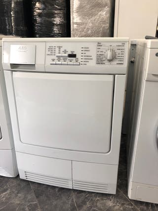 100€ secadora AEG 7 kilos