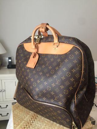 4dc53618b Maleta Louis Vuitton de segunda mano en Madrid en WALLAPOP