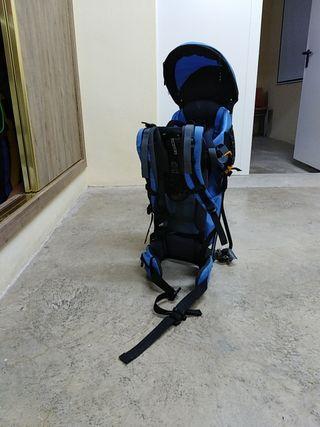 mochila niño senderismo