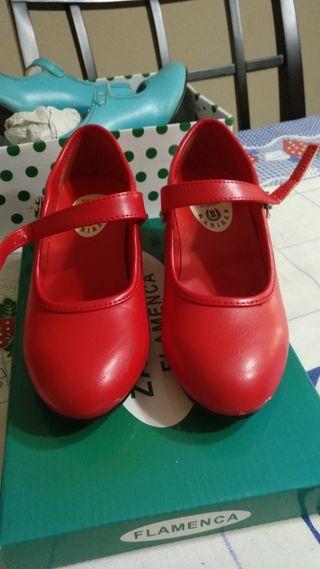 2843844045 Zapatos de tacón niña de segunda mano en Sevilla en WALLAPOP