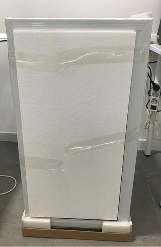 Nevera puerta de cristal