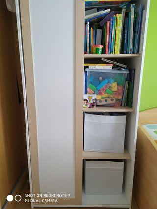 Habitación juvenil o infantil