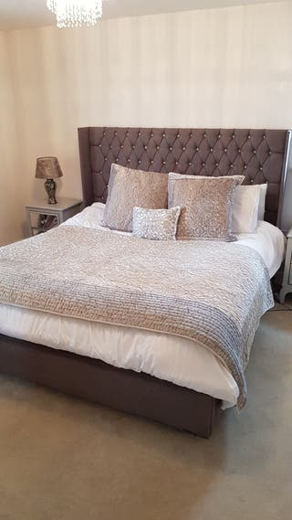 luxurious super king size bed