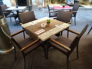 urge vender 66 sillas de terraza