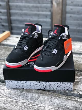 "Jordan 4 - ""Breds"""