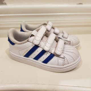 Adidas Superstar número 24