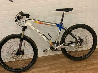 bicicleta BH MTB montaña