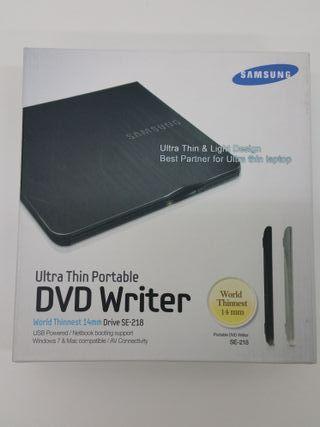 Grabadora externa Slim de DVD Samsung, NUEVA!!!