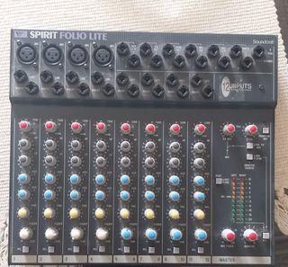 Soundcraft SPIRIT FOLIO Lite 12 Channel Mezclador