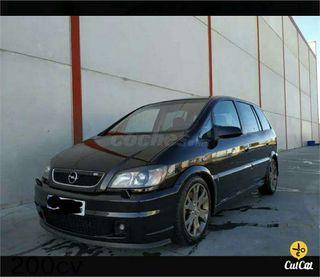 Paragolpes delantero y trasero Opel zafira opc 2.0 turbo 16v 200cv