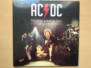 AC DC VETERANS MEMORIAL (LP) PRECINTADO. RED VINYL