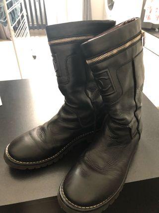 Biker boots Chanel