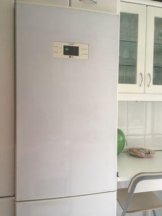 Frigorífico-congelador LG