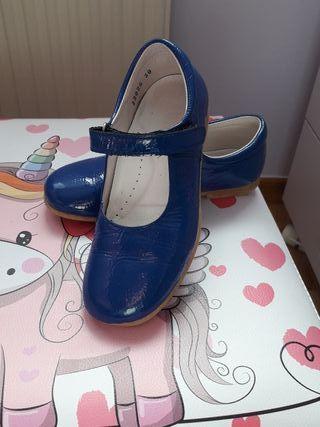 zapatos niña piel azul
