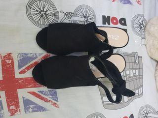 zapatos negros talla 37