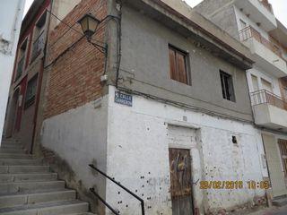 Casa céntrica en Albudeite