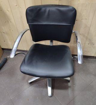 se vende mobiliario de peluqueria