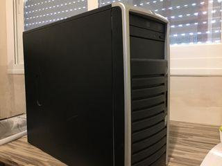 Torre CPU HP pro