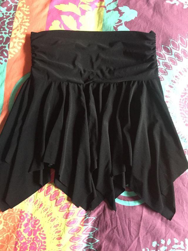 0c7f127cb Mini falda talla única de segunda mano por 5 € en Toledo en WALLAPOP