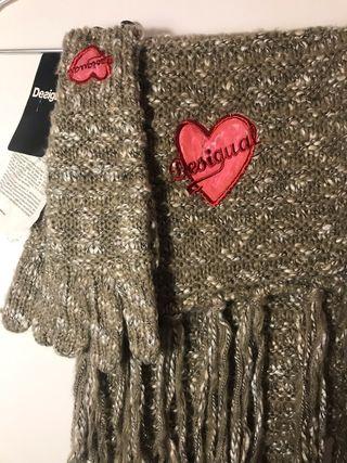 Bufanda + guantes DESIGUAL