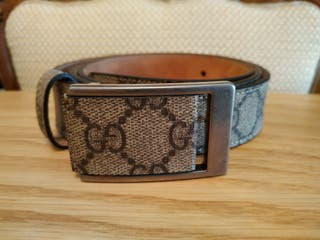 ad9d818ce Cinturón de hombre Gucci de segunda mano en WALLAPOP