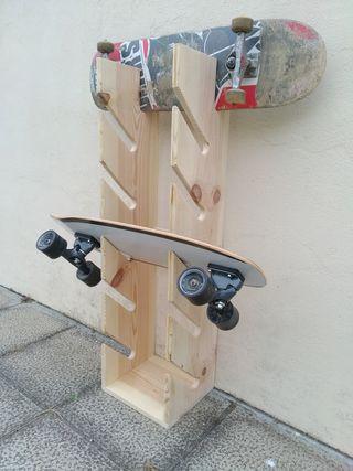 Estantería/Soporte para skate/monopatin