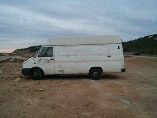 Transportes y mudanzas. Ibiza