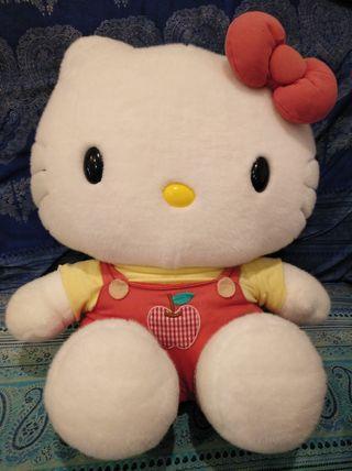 muñeco de peluche Hello Kitty