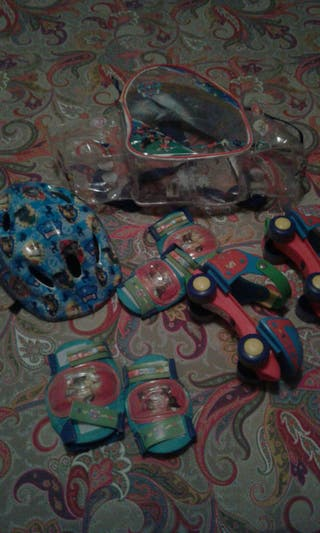 kit patrulla canina de patines casco rodilleras y