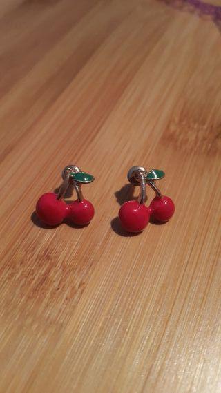 Pendientes cherry