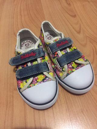 Zapatillas lona niña pabloski
