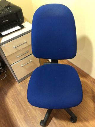 Sillas de oficina azules de segunda mano en Zaragoza en WALLAPOP