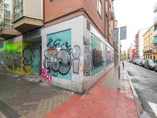 Local comercial en venta en Vista Alegre en Madrid