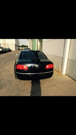 Volkswagen Phaeton 2005 se baja 1000€