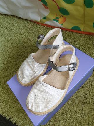 Zapatillas niña esparto