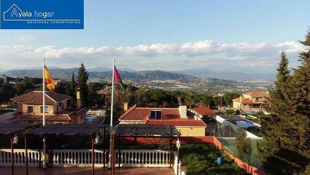 Villa en venta en Pinos de Alhaurín - Periferia en Alhaurín de la Torre (Pinos de Alhaurín, Málaga)